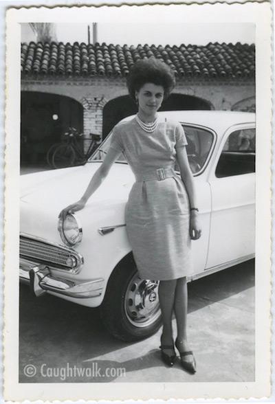 naturally elegant old vintage photo fashion 1950